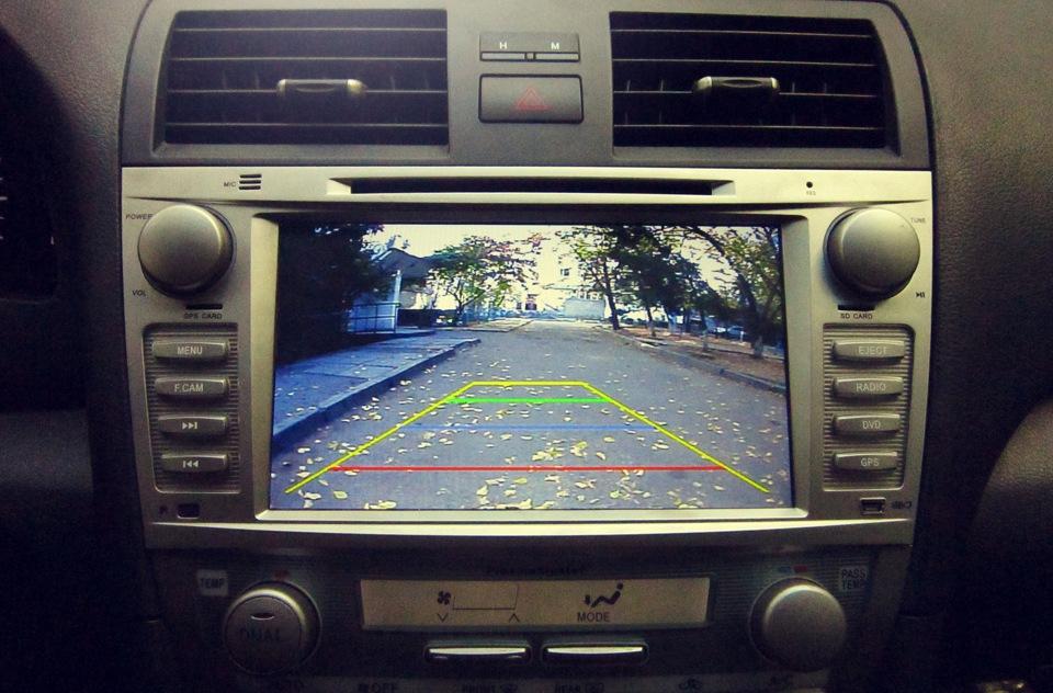 Установка камеры заднего вида в авто в Казани